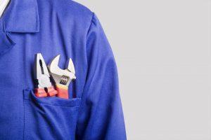 tools-in-technicians-pocket